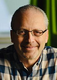 Elliot Kasser, directeur général de Confort Élite Laval et Rive-Nord